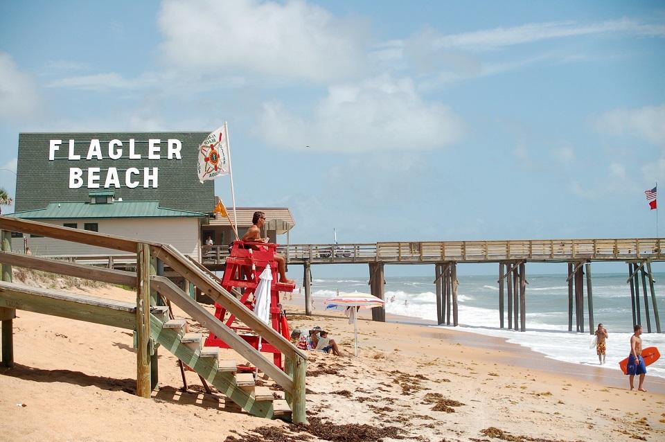 Beach vacation town