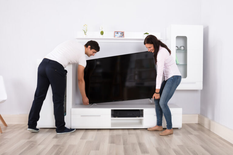 7-Flat-Screen-TVs-Well-Worth-Viewing